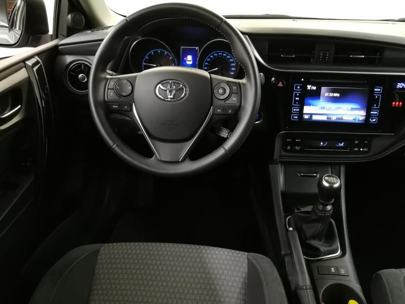 Demo Toyota Auris 5 d. 1.2 Turbo petrol 6 MT Style LHD 1G6 - GRANITE GREY METALLIC 3