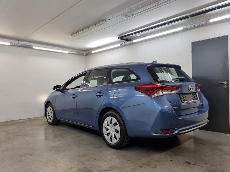 Occasie Toyota Auris Touring Sports 1.6 Diesel MT Comfort LHD 8U6 - DENIM BLUE METALLIC (8U6) 6