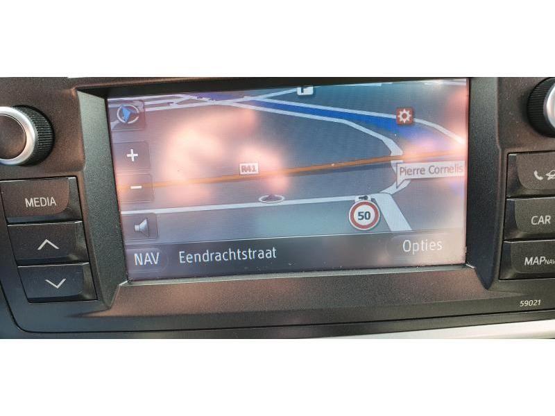 Occasie Toyota Auris Touring Sports 1.8 CVT HSD TC Lounge LHD 10