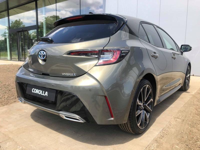 Nieuw Toyota Corolla hb & ts Hatchback 2.0 HYBRID e-CVT Premium LHD 2RF - OXIDE BRONZE/BLACK ROOF 2