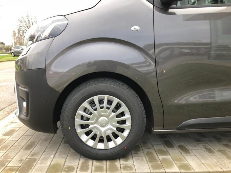 Nieuw Toyota Proace Double Cab LONG 2.0L Diesel 120hp AT Com EVL - DARK GRAY METALLIC 6