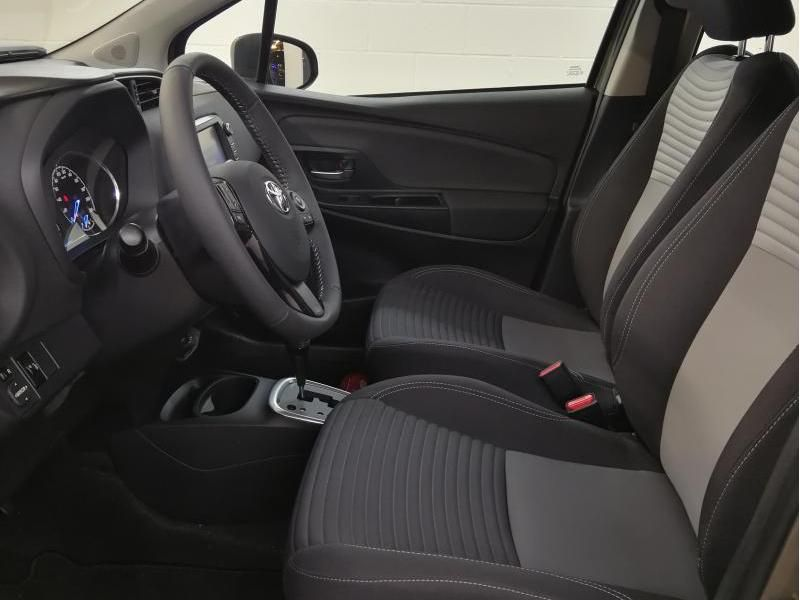 Demo Toyota Yaris 5 d. 1,5 Hybrid e-CVT Comfort & Pack Y-C 1G2 - PLATINIUM BRONZE METALLIC 4