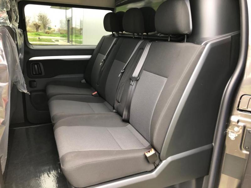 Nieuw Toyota Proace Double Cab LONG 2.0L Diesel 120hp AT Com EVL - DARK GRAY METALLIC 13