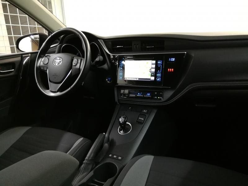 Occasie Toyota Auris 5d. 1.8 CVT HSD TC Dynamic LHD 8U6 - DENIM BLUE METALLIC (8U6) 10