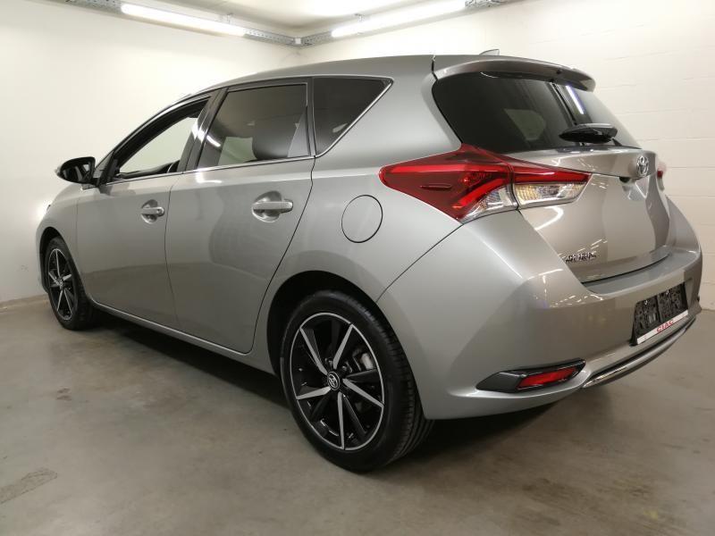 Demo Toyota Auris 5 d. 1.2 Turbo petrol 6 MT Style LHD 1G6 - GRANITE GREY METALLIC 7