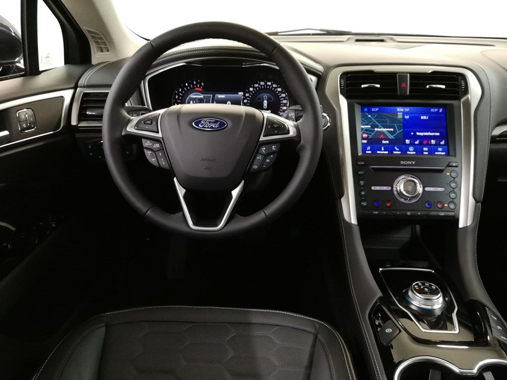 "Demo Ford Mondeo Vignale 2.0 Ecoblue 190ps / 139kW A8 Cl RJ2 - ""Blue Panther Vignale"" speciale metaalkleur 3"