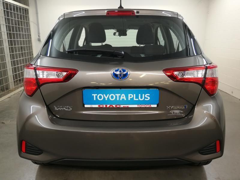Demo Toyota Yaris 5 d. 1,5 Hybrid e-CVT Comfort & Pack Y-C 1G2 - PLATINIUM BRONZE METALLIC 8