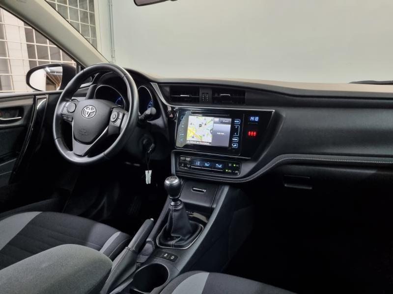 Occasie Toyota Auris Touring Sports 1.6 Diesel MT Comfort LHD 8U6 - DENIM BLUE METALLIC (8U6) 10