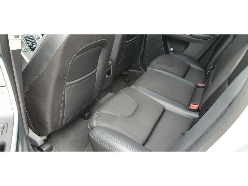 Nieuw Toyota Camry Sedan 2.5 Hybrid e-CVT Premium LHD 089 - WHITE PEARL MC 17