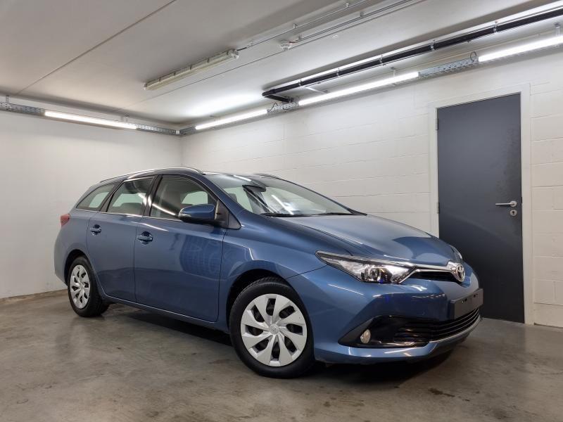 Occasie Toyota Auris Touring Sports 1.6 Diesel MT Comfort LHD 8U6 - DENIM BLUE METALLIC (8U6) 2