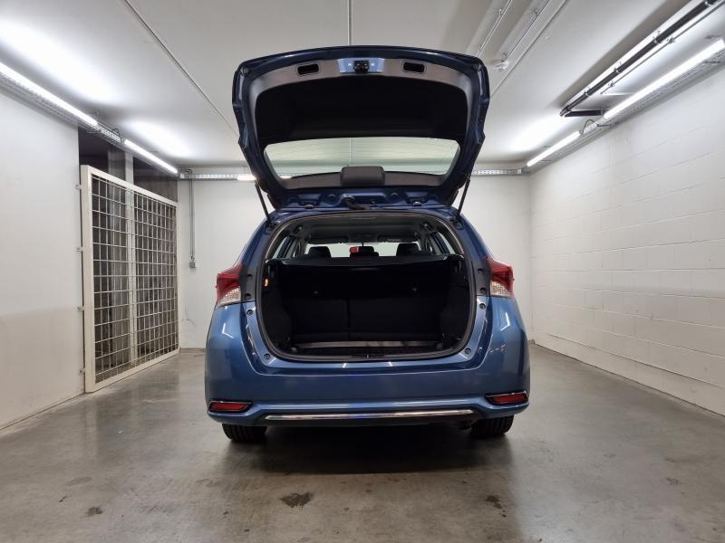 Occasie Toyota Auris Touring Sports 1.6 Diesel MT Comfort LHD 8U6 - DENIM BLUE METALLIC (8U6) 8