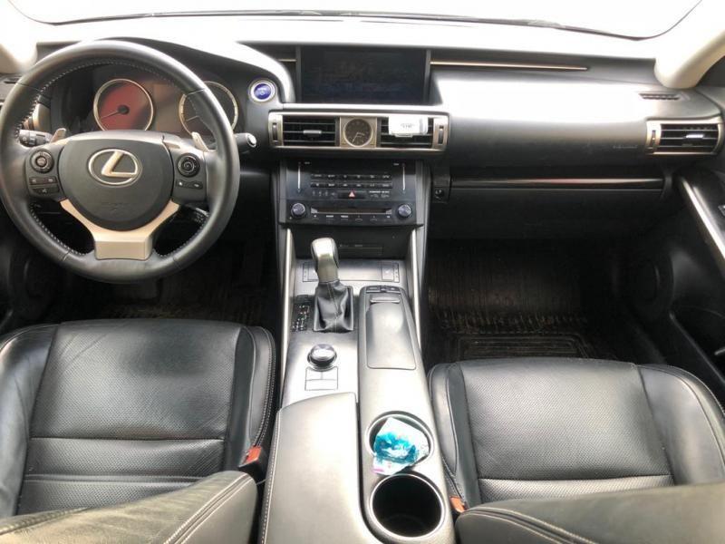 Occasie Lexus Is300h 2.5 BENZINE + ELEKT 6
