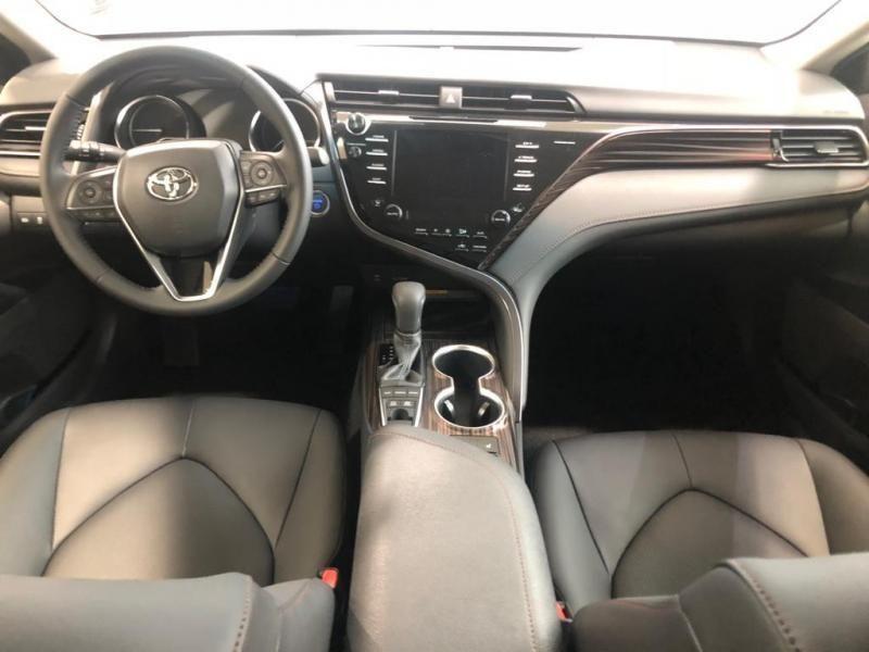 Nieuw Toyota Camry Sedan 2.5 Hybrid e-CVT Premium LHD 089 - WHITE PEARL MC 15