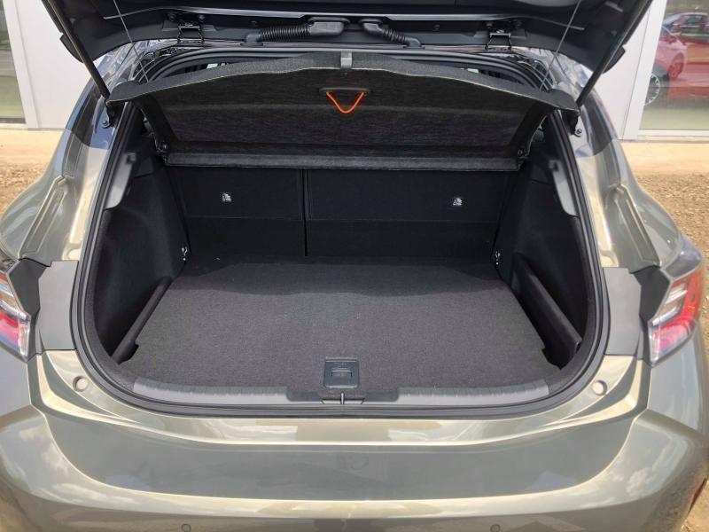 Nieuw Toyota Corolla hb & ts Hatchback 2.0 HYBRID e-CVT Premium LHD 2RF - OXIDE BRONZE/BLACK ROOF 10