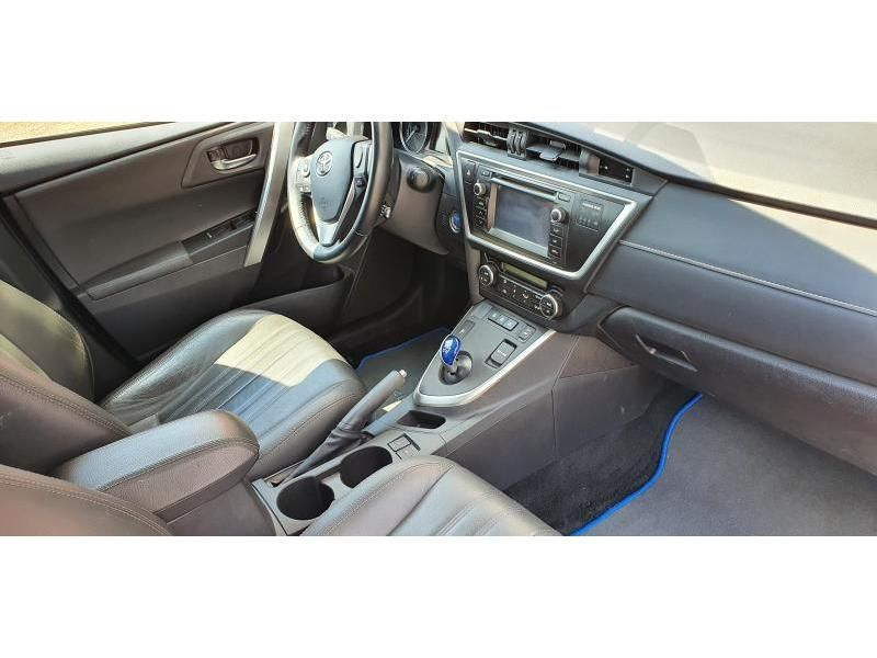 Occasie Toyota Auris Touring Sports 1.8 CVT HSD TC Lounge LHD 3