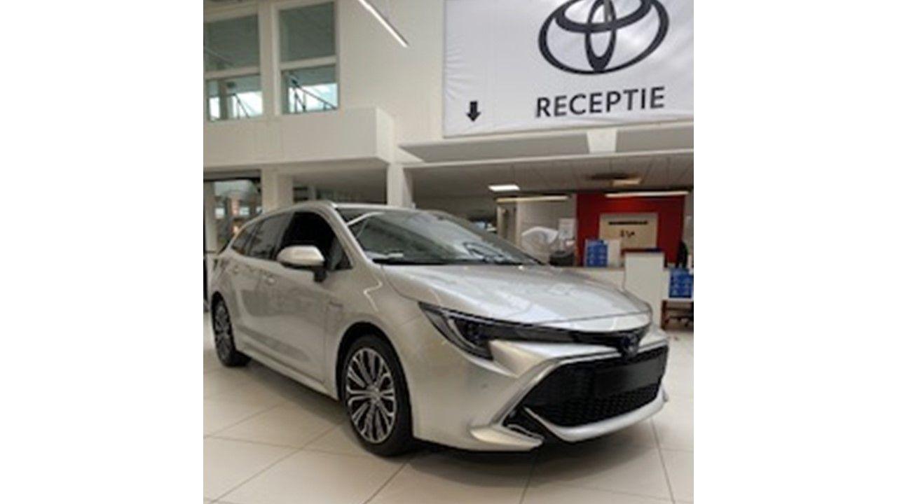Nieuw Toyota Corolla hb & ts Touring Sports 1.8 e-CVT Hybrid CVT Prem 1J6 - PRECIOUS SILVER METALLIC 2