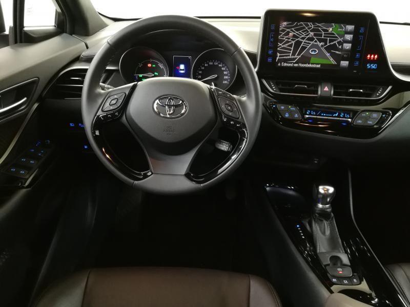 Occasie Toyota Toyota c-hr 5 d. 1.8 CVT HSD TC C-HIC LHD 1K0 - METAL STREAM 3