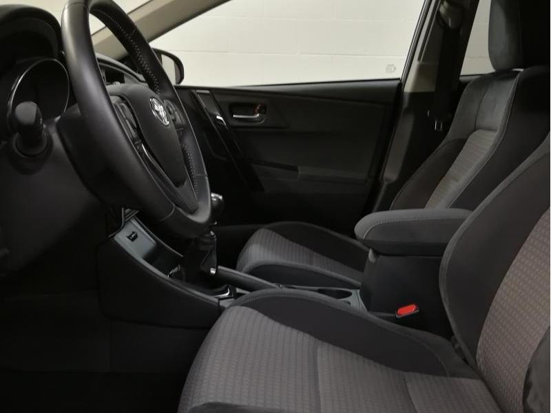 Demo Toyota Auris 5 d. 1.2 Turbo petrol 6 MT Style LHD 1G6 - GRANITE GREY METALLIC 4