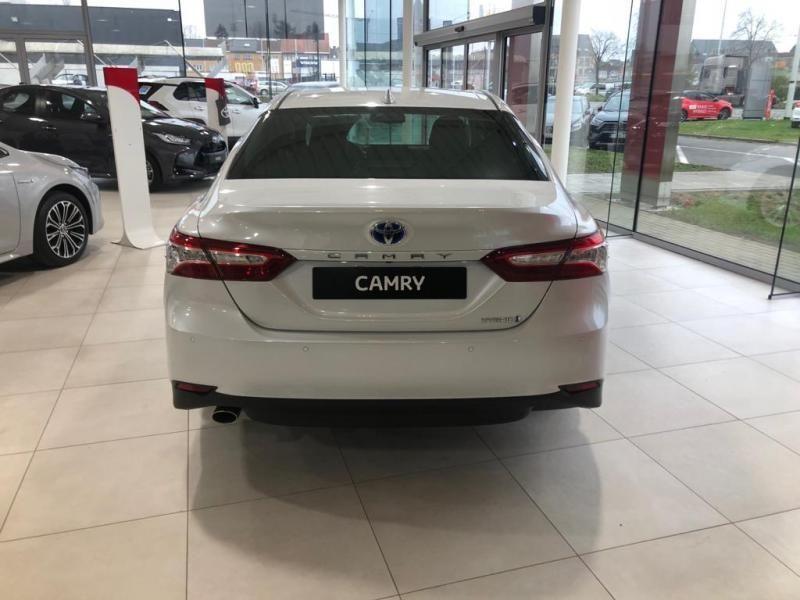Nieuw Toyota Camry Sedan 2.5 Hybrid e-CVT Premium LHD 089 - WHITE PEARL MC 14