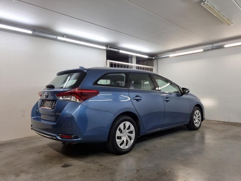 Occasie Toyota Auris Touring Sports 1.6 Diesel MT Comfort LHD 8U6 - DENIM BLUE METALLIC (8U6) 9