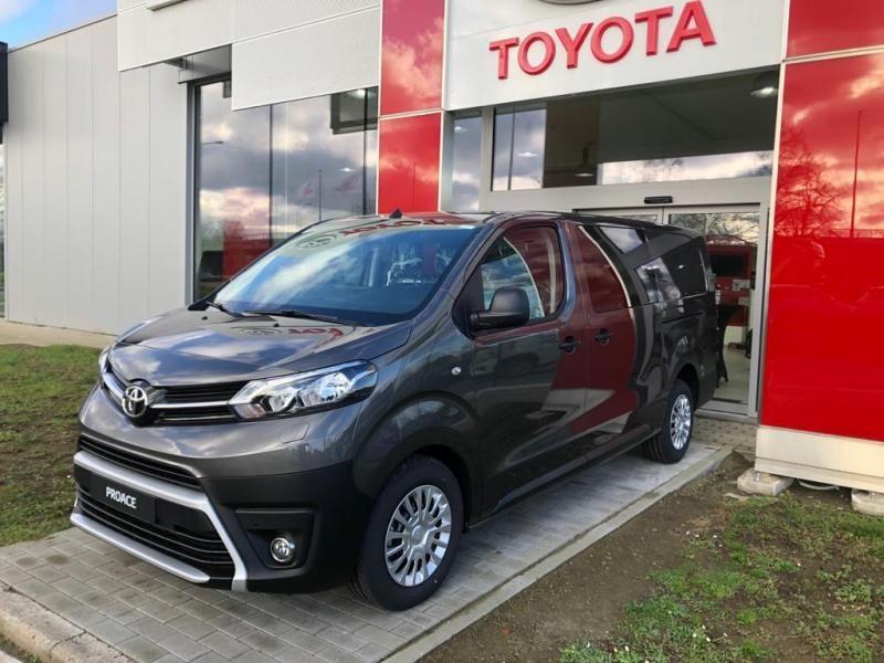Nieuw Toyota Proace Double Cab LONG 2.0L Diesel 120hp AT Com EVL - DARK GRAY METALLIC 1