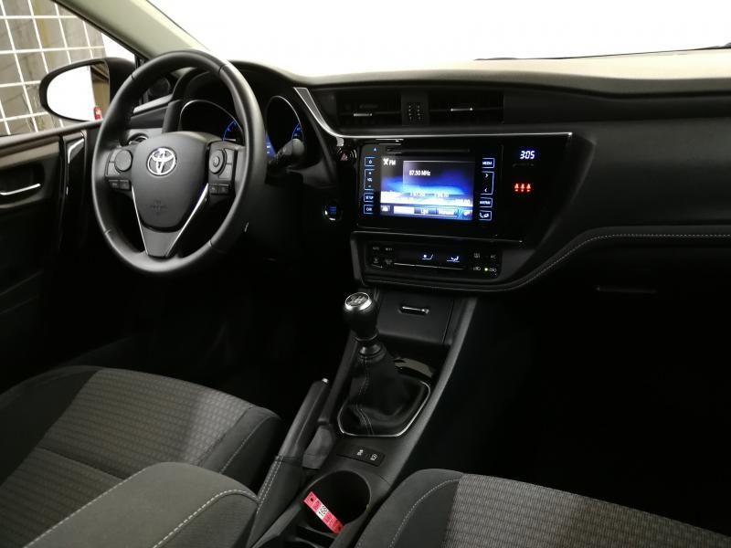 Demo Toyota Auris 5 d. 1.2 Turbo petrol 6 MT Style LHD 1G6 - GRANITE GREY METALLIC 11
