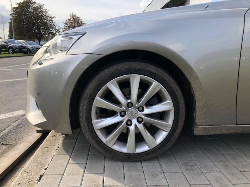 Occasie Lexus Is300h 2.5 BENZINE + ELEKT 8
