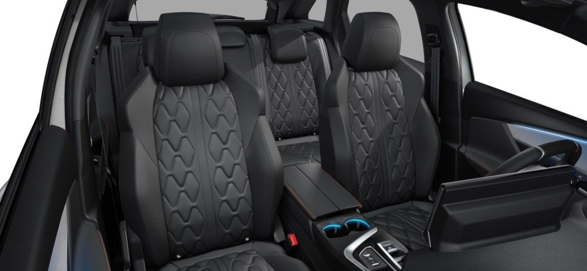 New Peugeot 3008 SUV GT 1.5 BlueHDi 130 ch EAT8 Blanc Nacré (M6N9) 12